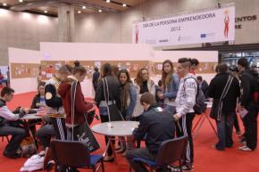 157 DPECV2012 Zona networking informal