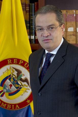 Fernando Carrillo Florez