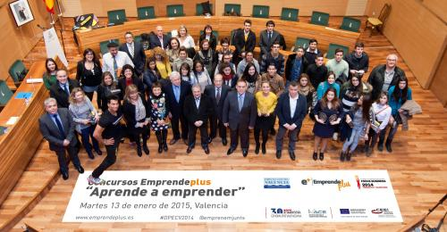 Foto de familia Premios Concurso Emprendeplus