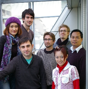 Carlos Almazán (izquierda, abajo) junto al resto del equipo de partners de BIT Marketing en Japón